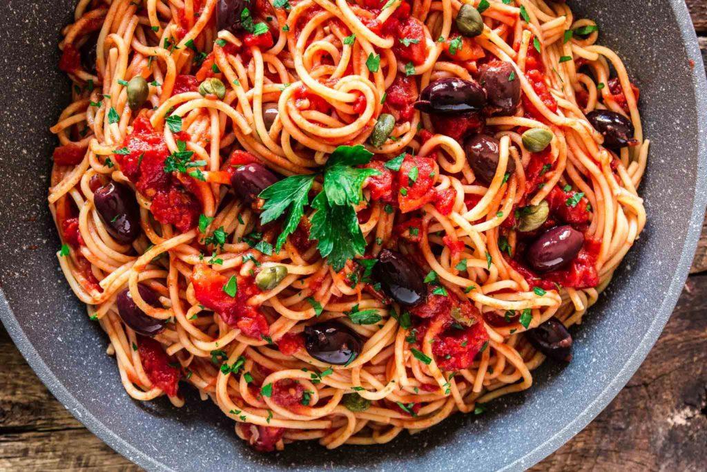 Спагетти Путанеска (Spaghetti alla puttanesca)