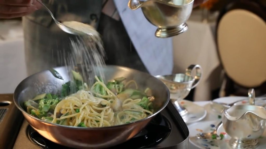 Спагетти Примавера - добавляем Пармезан